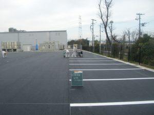 工場メンテナンス 駐車場